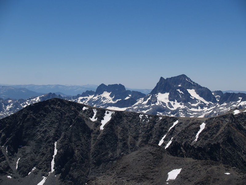 Zoomed-in view of The Minarets, Banner Peak, and Mount Ritter from Koip Peak