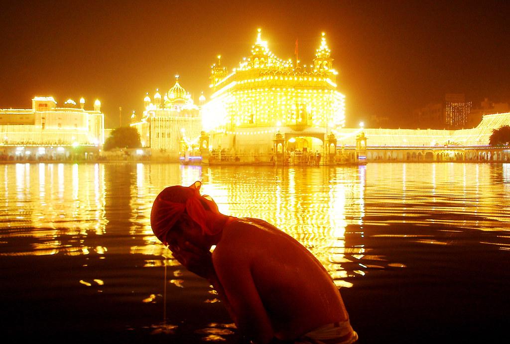 Happy Budday Guru Nanak