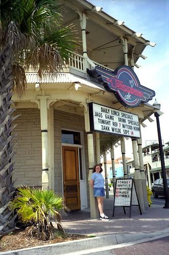 Beach Cafe Garden City