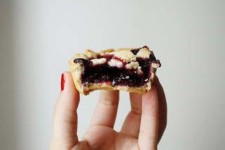 blackberry tiny pie | by kate / for me, for you