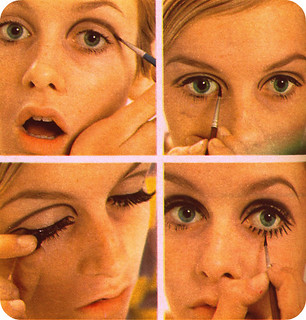 how-to-twiggy-mod-eye-makeup | by MediumPinkHouses