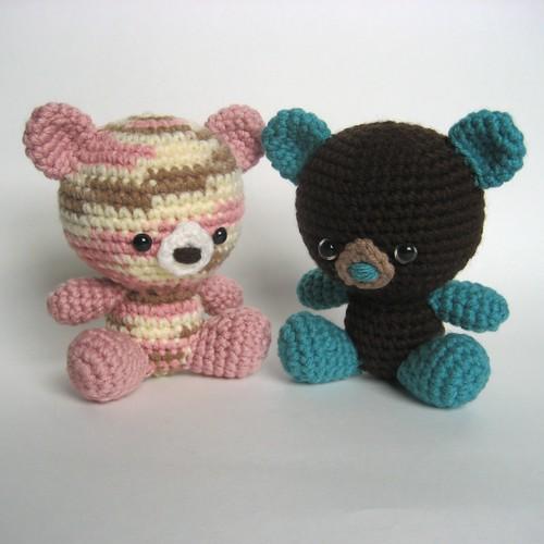 Tiny Amigurumi Bear Pattern : Amigurumi Teddy Bears These little teddy bears are ice ...