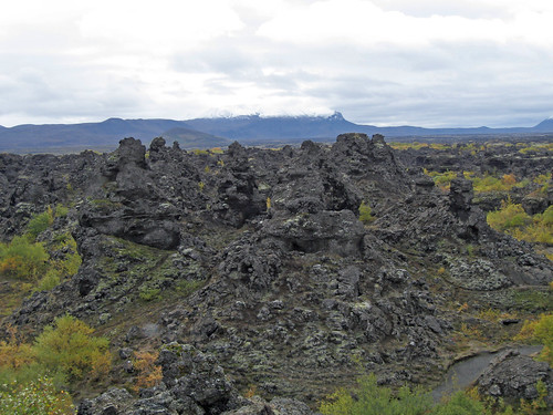 driving_the_ring_road_in_iceland_north_iceland_Dimmuborgir