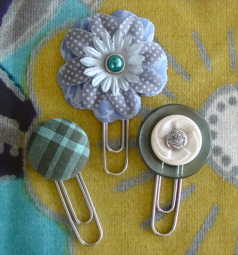 Paper Clip & Button Bookmarks | by VickieHowell