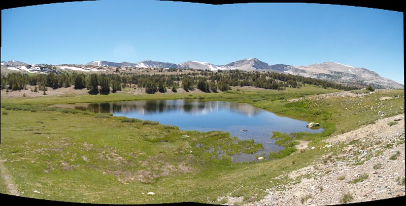 A small pond near Mono Pass, with the Kuna Crest in the distance