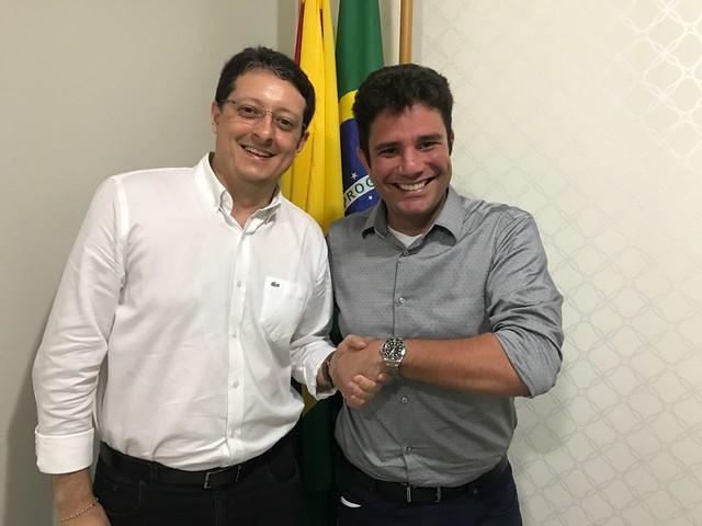 Sen. Gladson e Ricardo Xavier - Eletrobras-AC