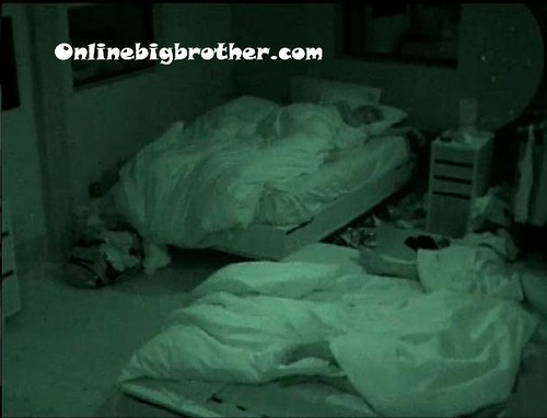 BB13-C3-7-8-2011-8_08_23.jpg | by onlinebigbrother.com