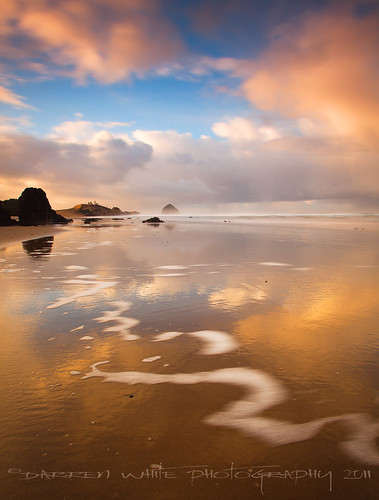 Haystack Gold | by Darren White Photography