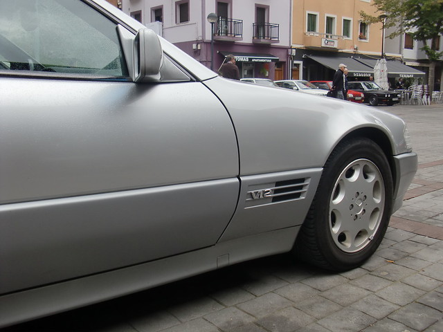 MERCEDES 600 SL V12