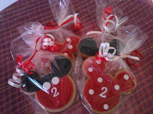 Mickey Mouse Cookie Favors | by The Kake Chick