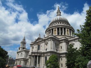 St Paul's Cathedral | by wallygrom