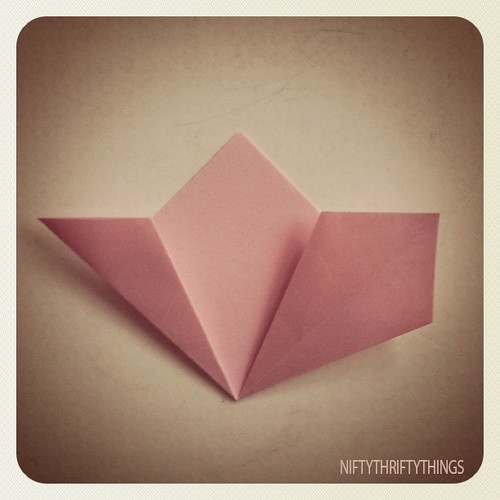 {origami flower} | by {nifty thrifty things}