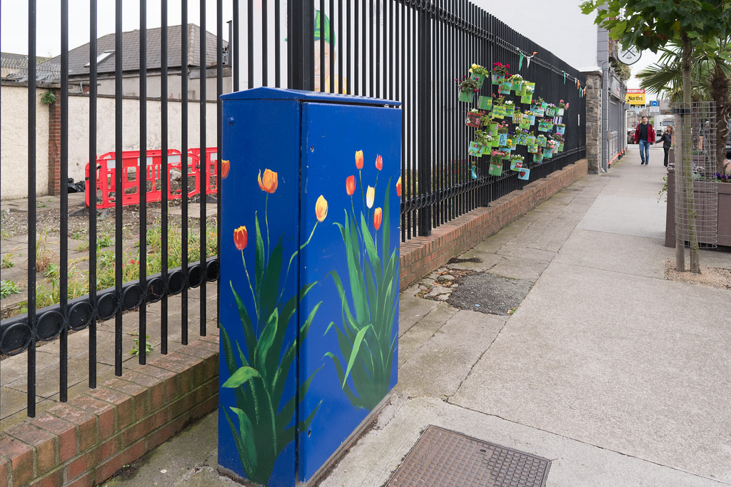 THIS INSTALLATION IS LOCATED NEXT TO THE BACK PAGE PUB IN PHIBSBORO [WAS THE RED WINDMILL PUB]-121621