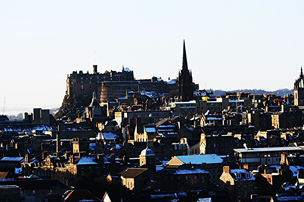 Edinburgh Castle dominating the Edinburgh skyline.