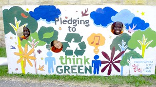 Students Pledging to be Green at the Rochester Think Green Fair | by CERTs
