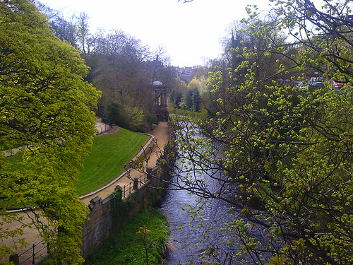 Water of Leith Walkway near Stockbridge Edinburgh | by Karen V Bryan