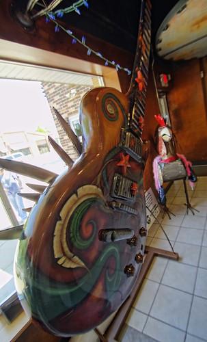 Waukesha Guitar Town   Waukesha wisconsin, Wisconsin, Waukesha