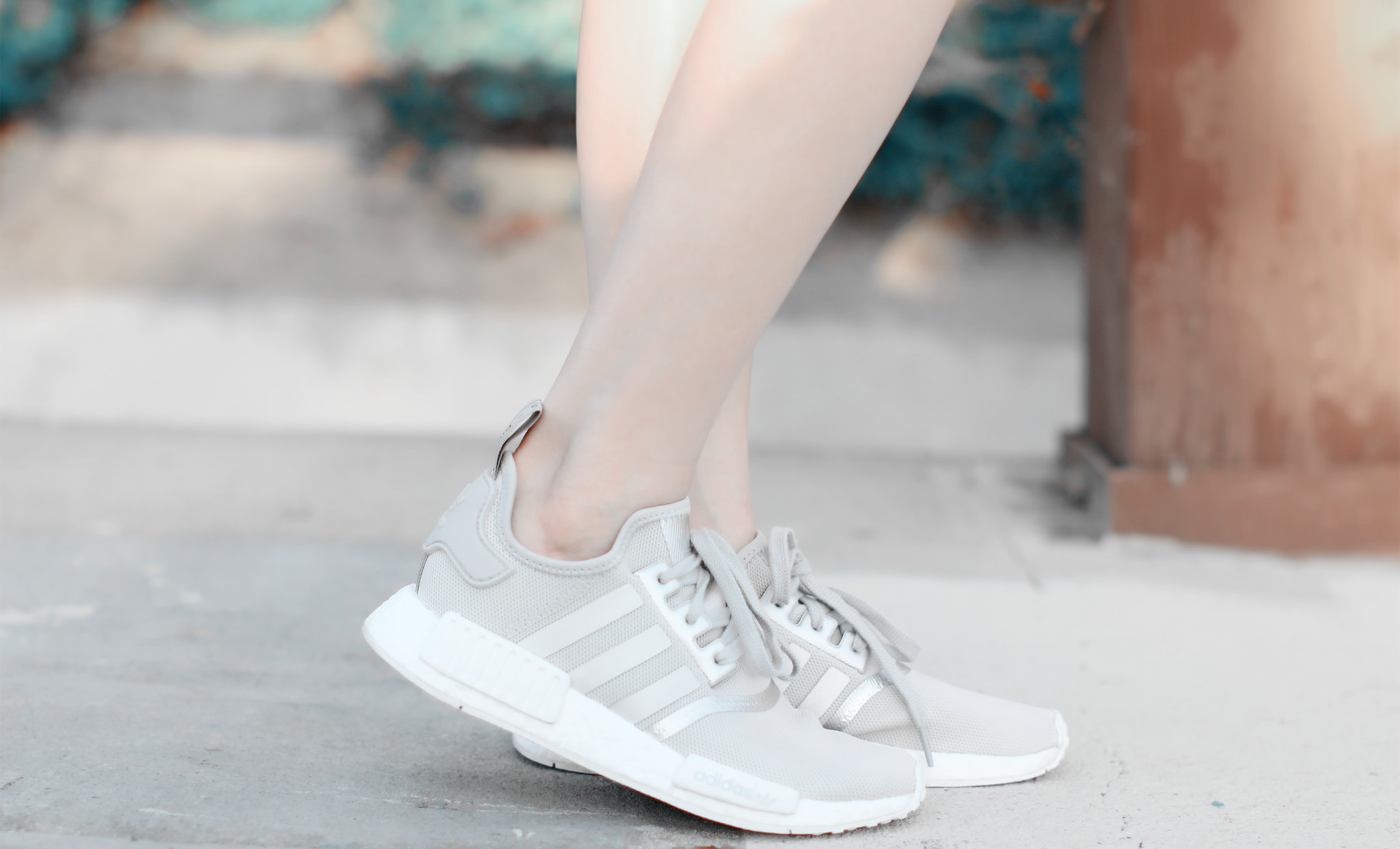 0866-modern-athleisure-adidas-adidasnmd-sporty-chic
