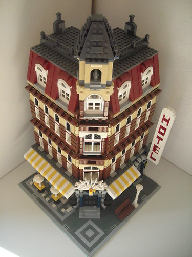 Lego Cafe Corner with 1 extra floor | by DutchTreatNL