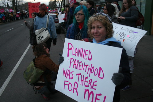 planned parenthood supporters | by Sarah Mirk