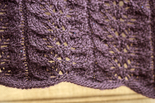 Free Knitting Pattern For Leaf Baby Blanket : Twin Leaf Baby Blanket Free pattern! lchunt Flickr