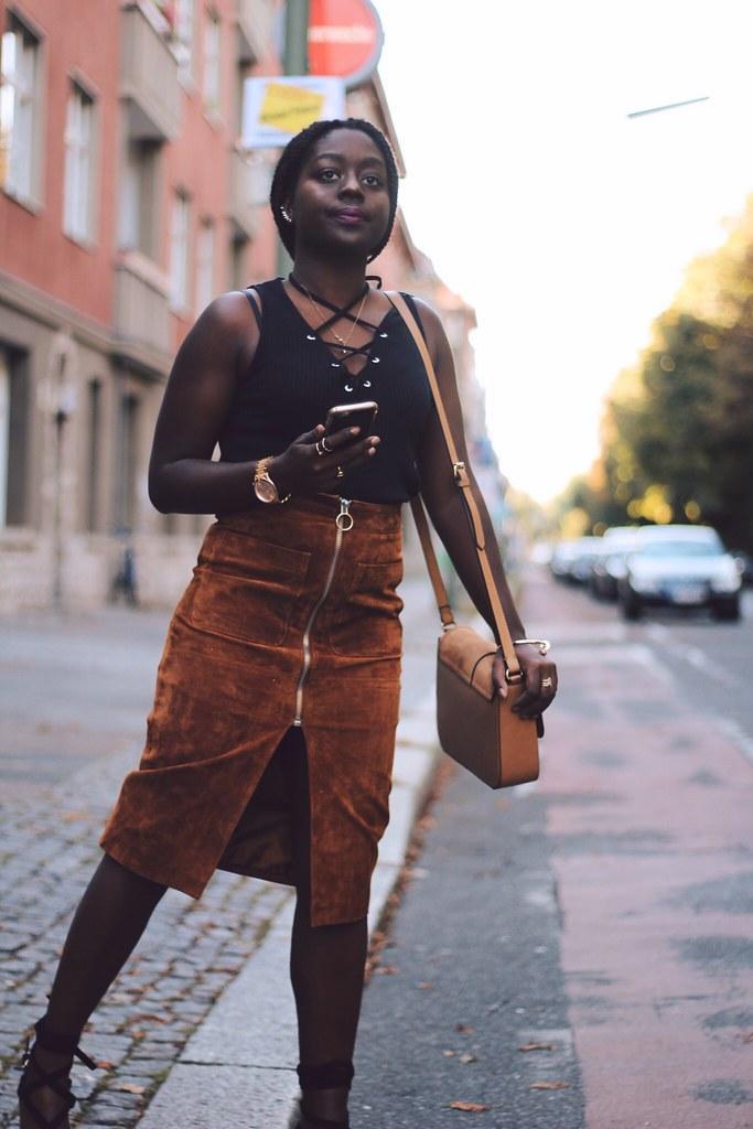 Suede skirt Lois Opoku lisforlois
