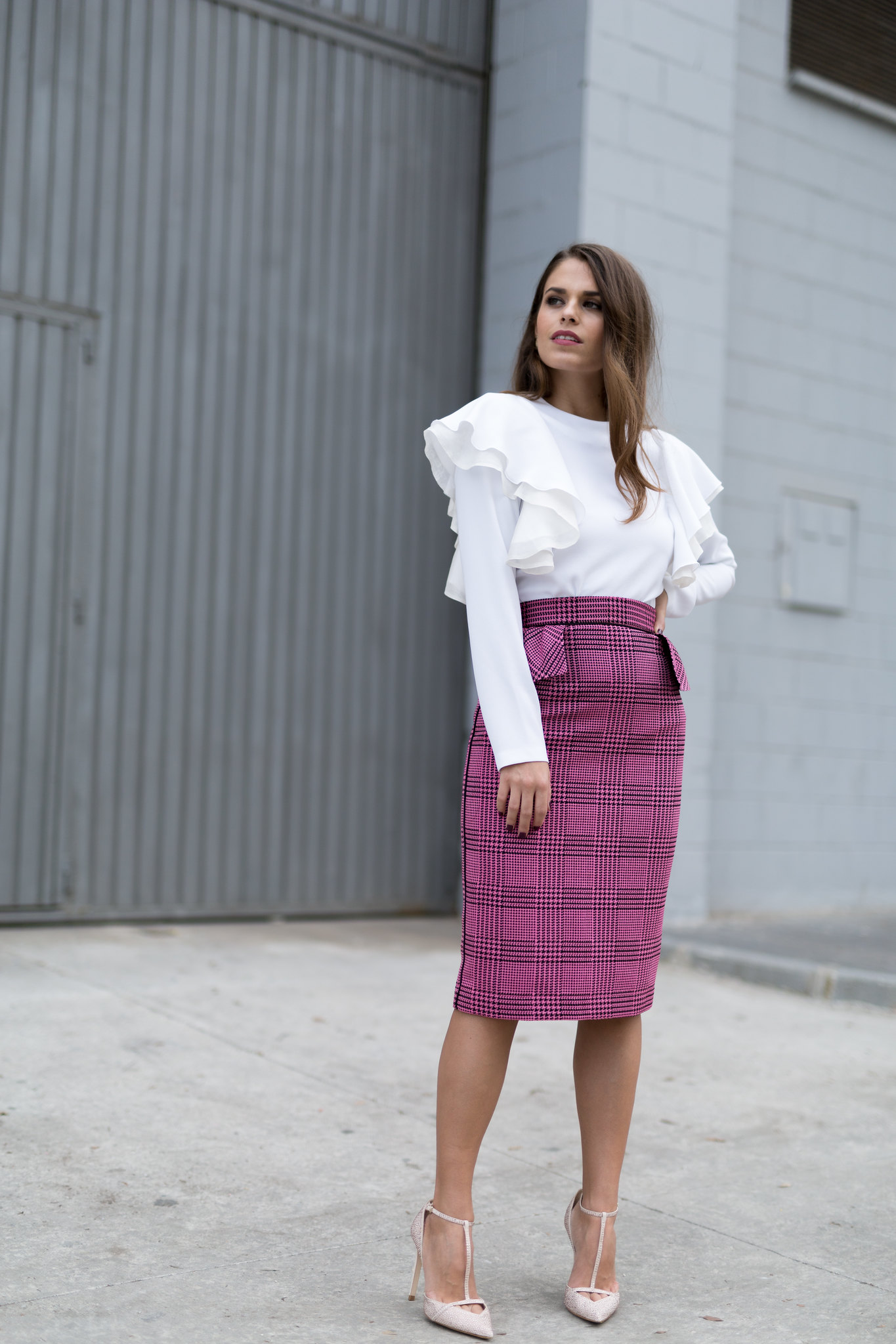 Jessie Chanes Seams for a desire - pink black houndstooth skirt white top apparentia -12