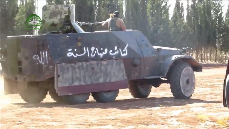 Btr152-with-BMP1-turret-syria-c2016-spz-1