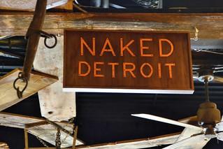 naked babes fucking dildo