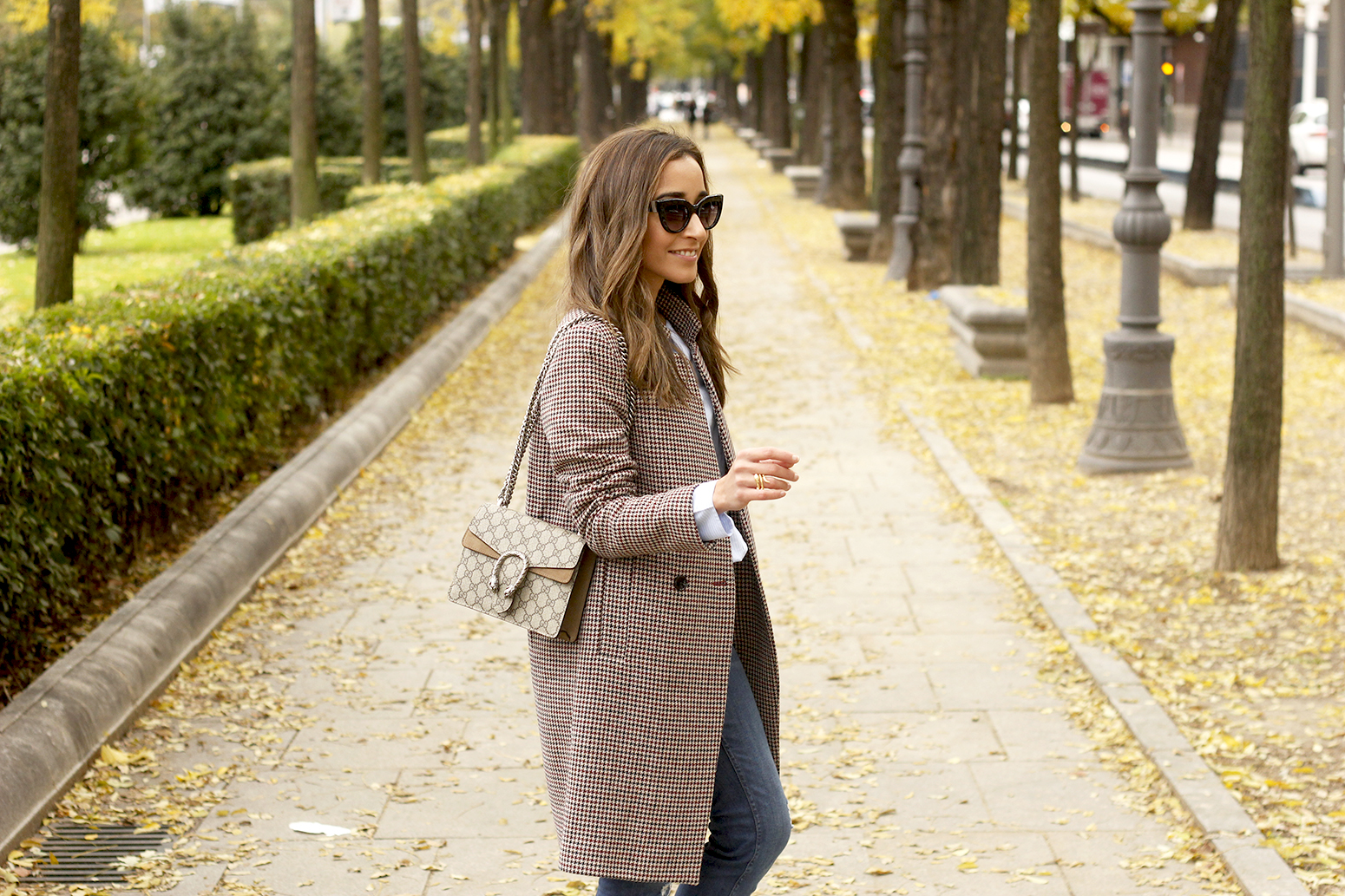 Houndstooth Coat striped shirt burgundy uterqüe heels gucci bag outfit style fashion14