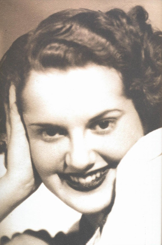 Maria Eugénia, 1940s