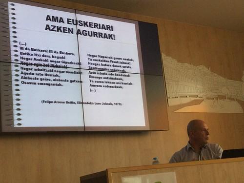 Conferencia de Erramun Osa en  50º aniversario de Bihotz Gaztea Ikastola
