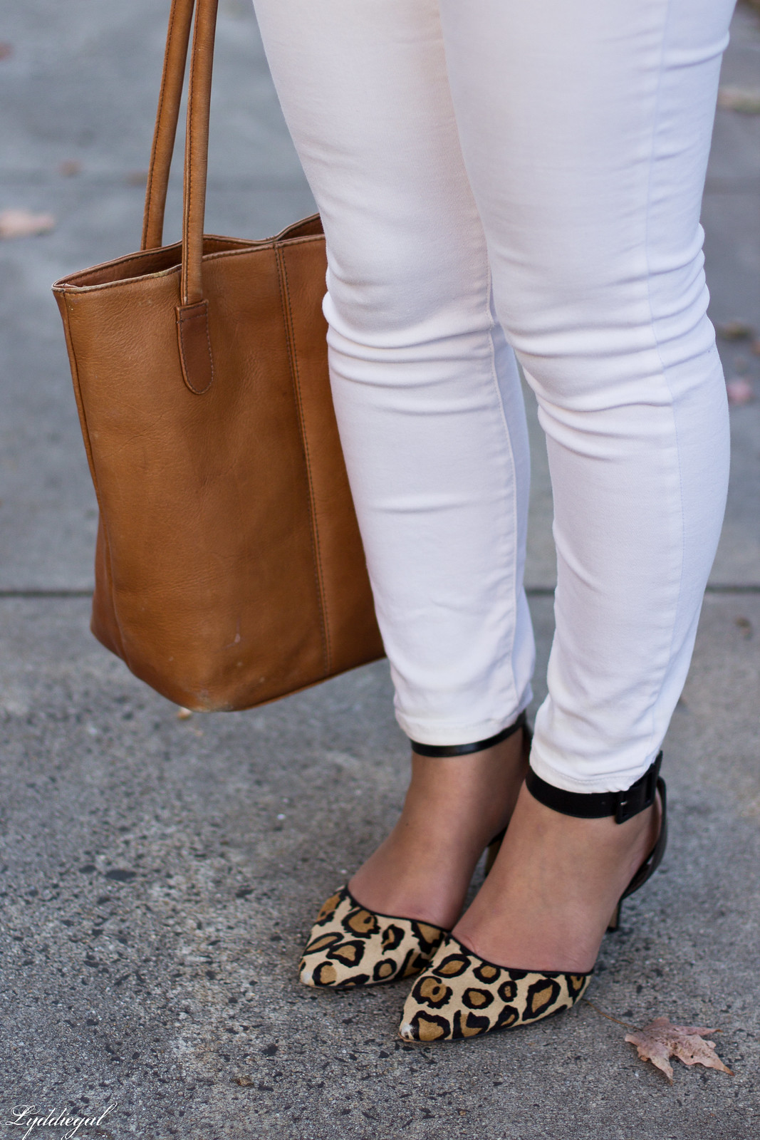 blush pink blouse, field jacket, white jeans, leopard pumps-8.jpg