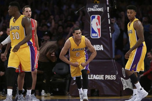 la-sp-lakers-rockets-20161026-pictures-009