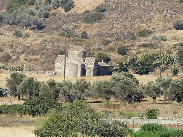 église dans la campagne naxiote
