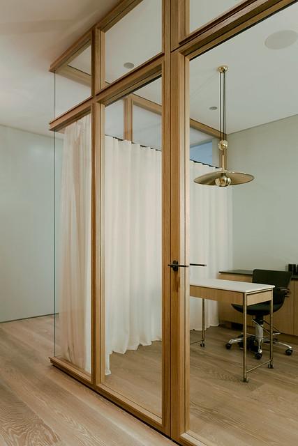 Restrained and luxury residence by Form Bureau Sundeno_02