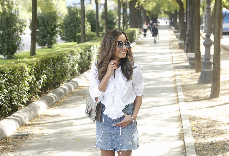 ruffled shirt uterqüe denim shirt sunnies heels gucci bag outfit fashion style08