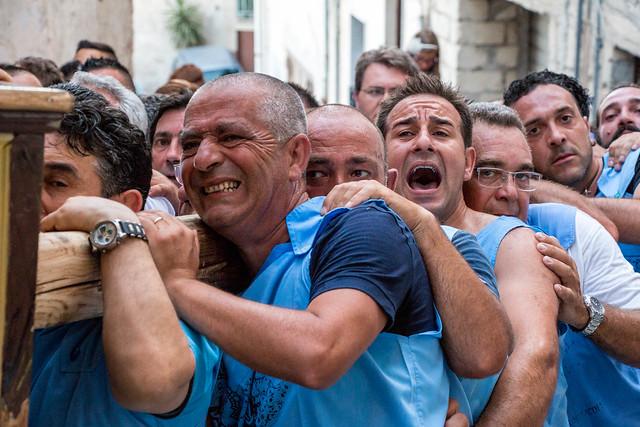 I portatori - The bearers © giuseppepipia.com