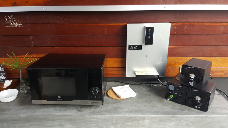 Port Dickson Lot 1638 microwave and hot water