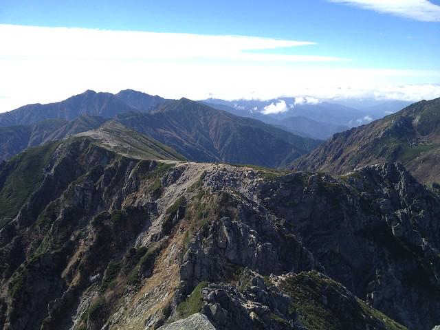 木曽駒ヶ岳 宝剣岳山頂より南アルプス方面