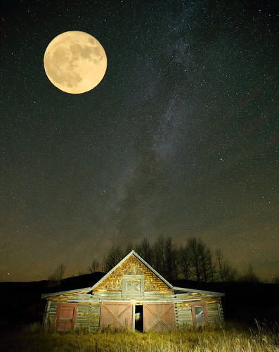 Idaho Barn with Super Moon