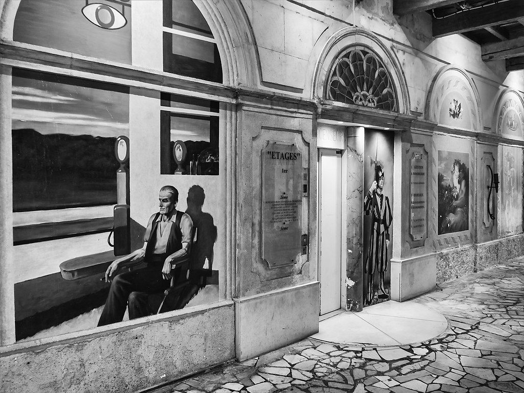 Avignon, dans les rues 30064830460_024a9704df_b