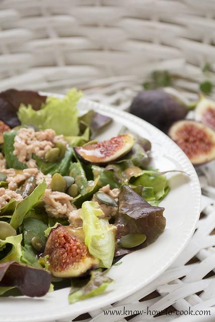 zelena-salata-cheren-drob-treska