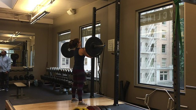 Playing around with my new (and unexpected) enjoyment of #frontsquats today. I did a superset of Front --> Back #squat for a total of 20 reps per set.