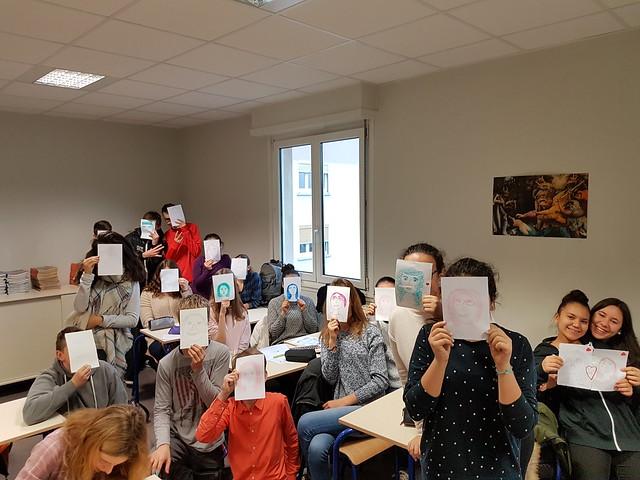 Journée de la fraternité : les élèves dessinent!