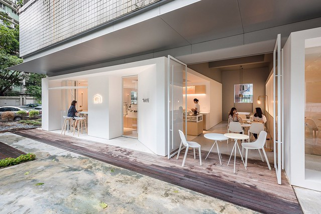 Coffee + coworking space design by Lukstudio Sundeno_09