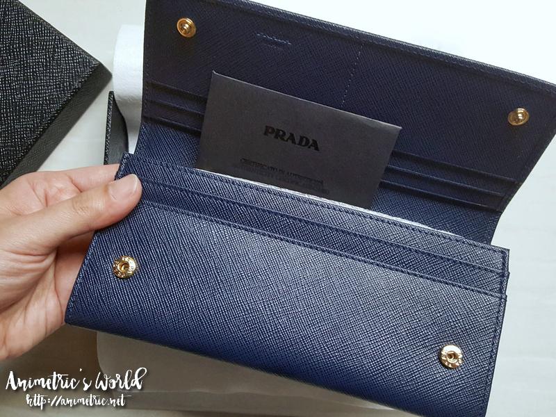 prada_saffiano_wallet2