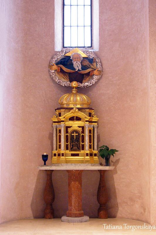 В церкви Св. Трифона