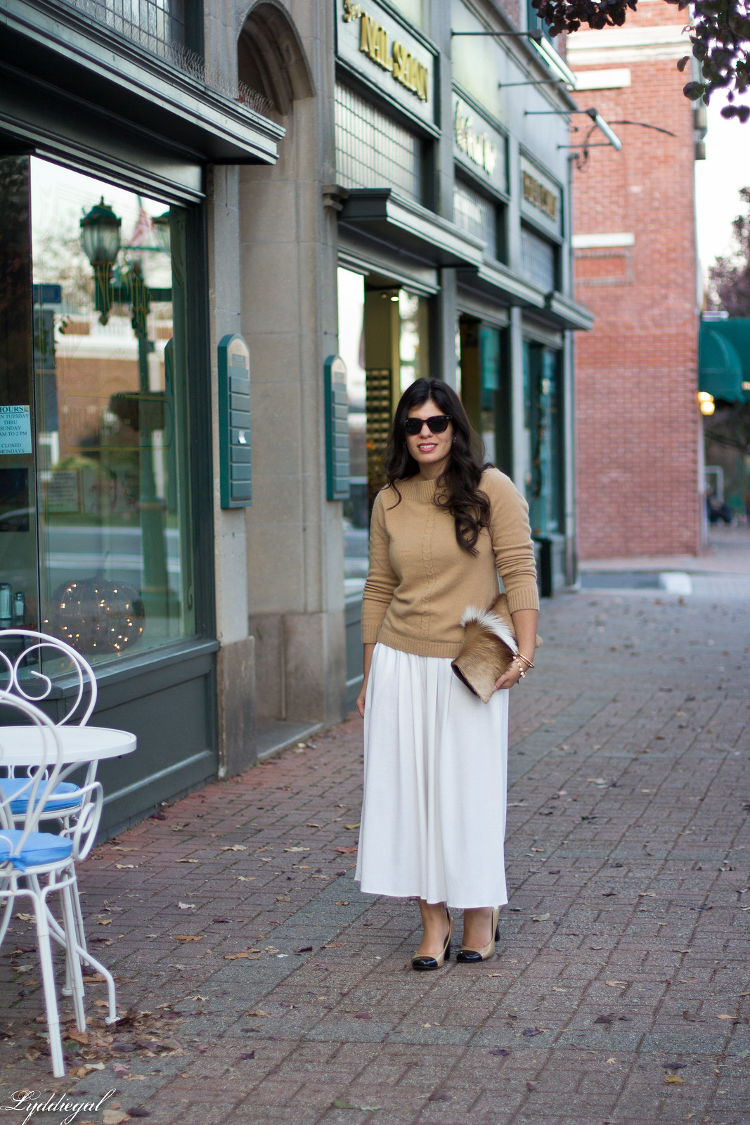 white Culottes, camel sweater, toe cap heels, springbok clutch-6.jpg