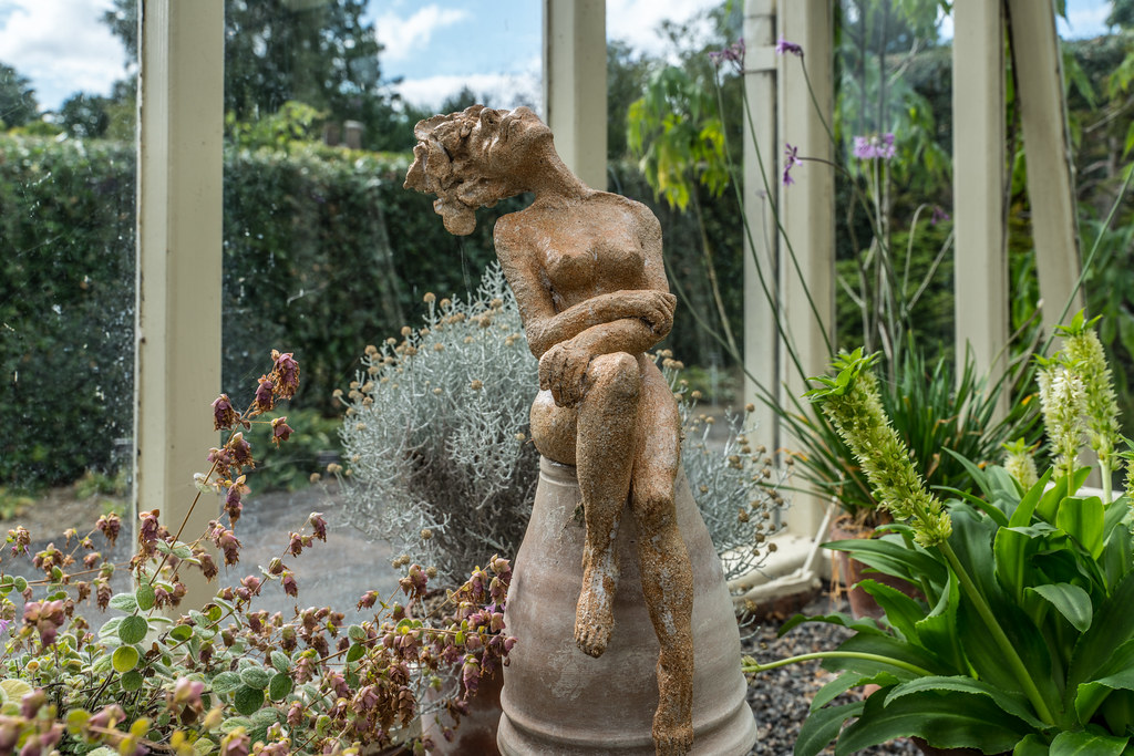 LOVELY DAY BY MARTY MEINARDI [SCULPTURE IN CONTEXT 2016]-121827